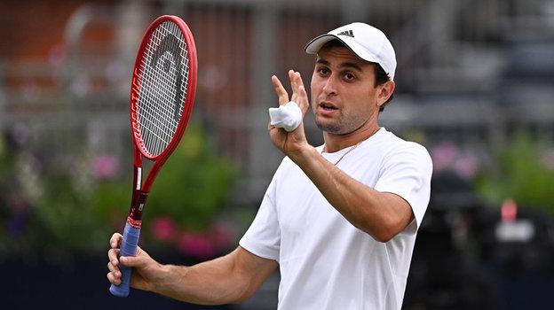 Теннис: начто претендует наКубке Кремля Аслан Карацев, интервью