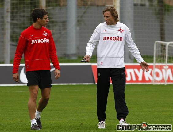 Алекс и Валерий Карпин.