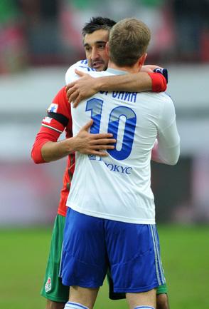Александр Самедов и Андрей Воронин после матча.