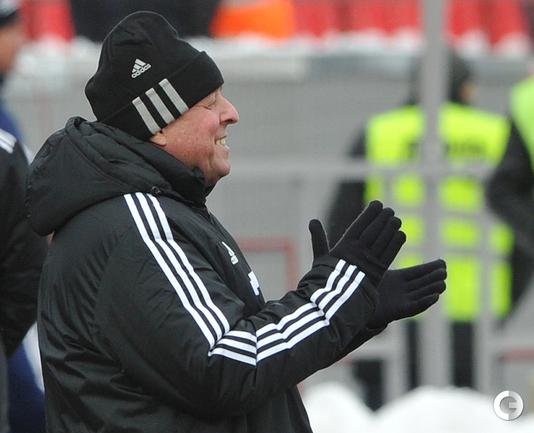 "Александр Тарханов - главный тренер ""Урала""."