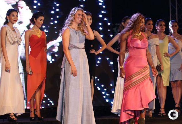 Серена Уильямс и Виктория Азаренко приняли участие в показе мод в Таиланде