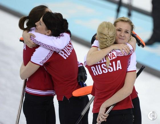 Сборная России по керлингу победила США
