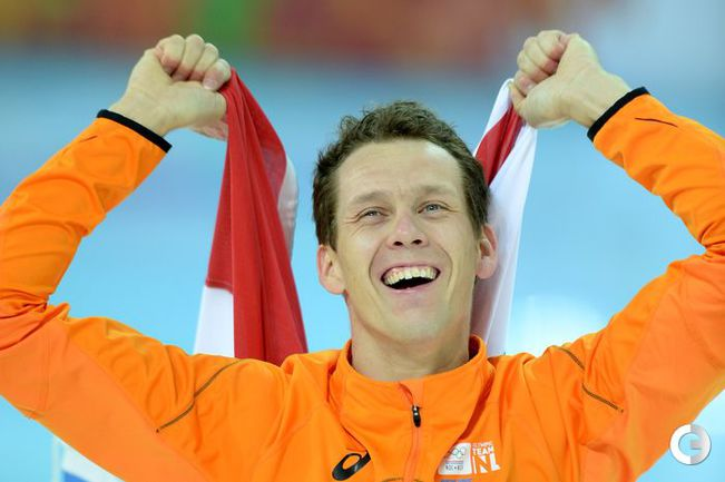 Гротхейс выиграл золото Сочи на дистанции 1000 м