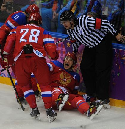 Хоккейная сборная России стартовала в Сочи с победы