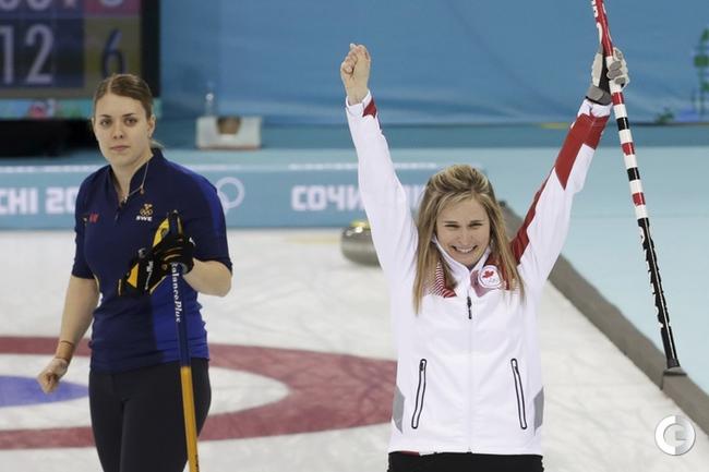 Женская сборная Канады - олимпийский чемпион в керлинге