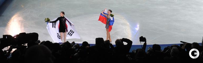 "Аделина СОТНИКОВА (справа). Фото Александр ФЕДОРОВ, ""СЭ"""