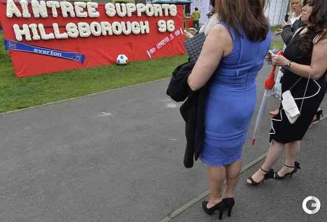 На скачках в Уоррингтоне помнят о трагедии в Хиллсборо