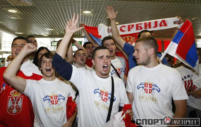 Встреча сборной Сербии.