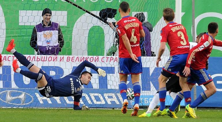 Гол Вандерсона в ворота Игоря Акинфеева.
