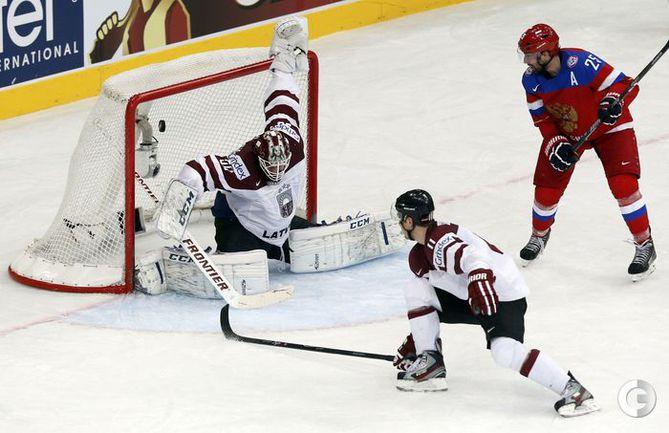 Российские хоккеисты обыграли сборную Латвии
