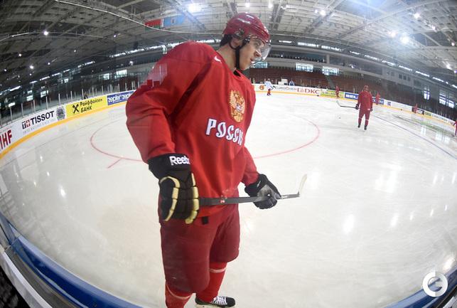 Малкин тренируется со сборной России в Минске