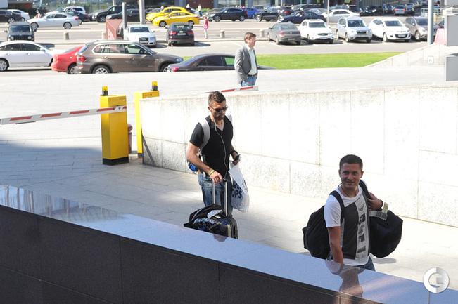 Файзулин и Лодыгин прибыли в гостиницу сборной России