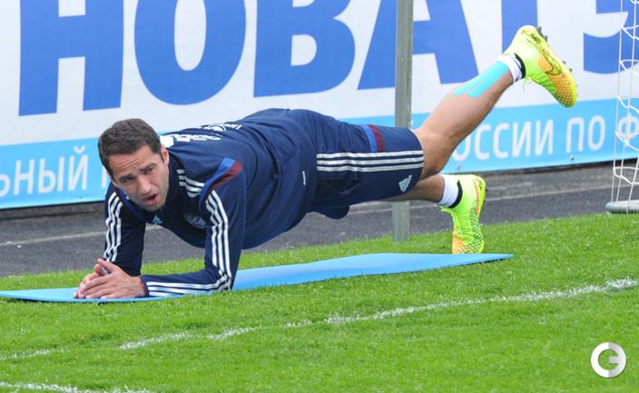 Широков тренируется отдельно от сборной России
