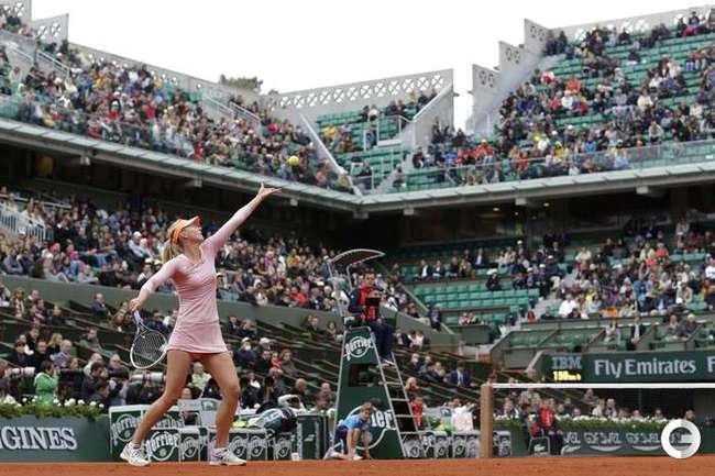 Шарапова, Хантухова - в третьем круге Roland Garros