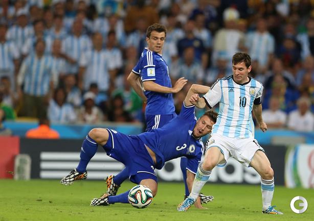 Месси принес победу сборной Аргентине в матче с Боснией