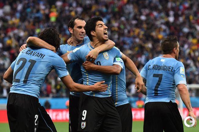 Луис Суарес принес Уругваю победу над Англией