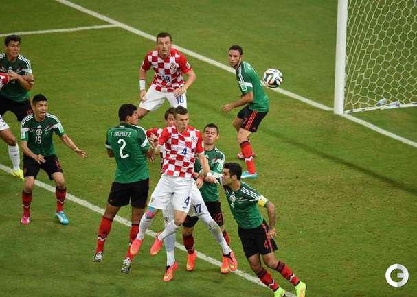 Мексика победила Хорватию и вышла из группы
