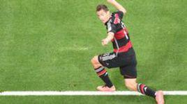 Клозе забил Бразилии и опередил Роналдо