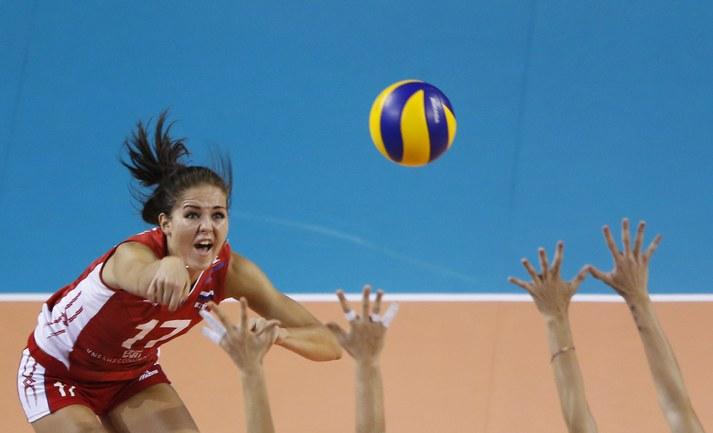 """Российские волейболистки одержали вторую победу в """"Финале шести"""" Фото Reuters"""