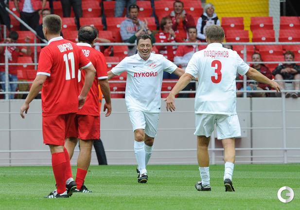 Валерий Шмаров(в центре).