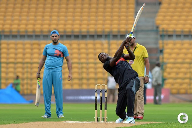Усэйн Болт принял участие в крикетном матче