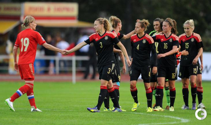 Женская сборная России проиграла действующим чемпионкам Европы