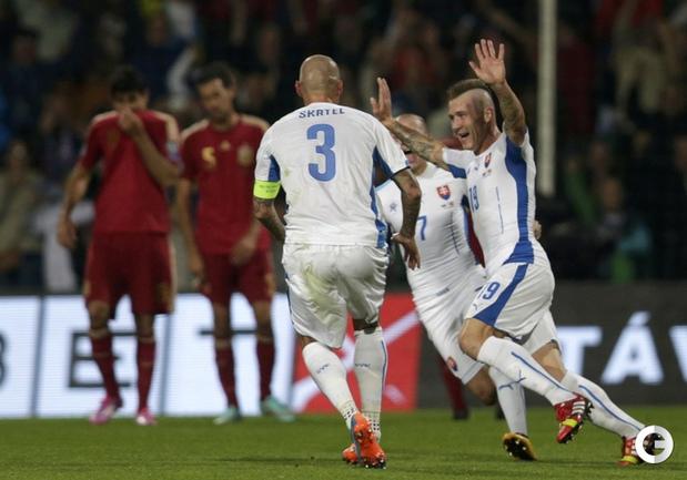 Испания сенсационно проиграла в Словакии
