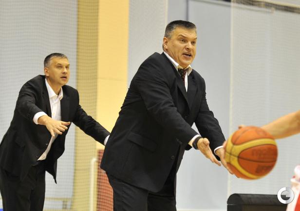 Захар и Евгений Пашутины.