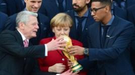 Меркель встретилась со сборной Германии
