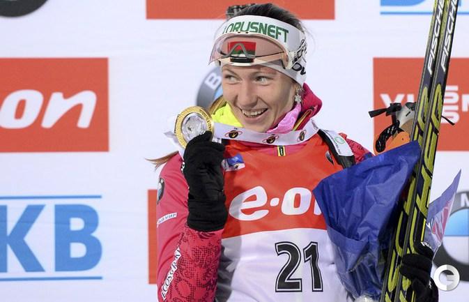 Домрачева выиграла индивидуальную гонку