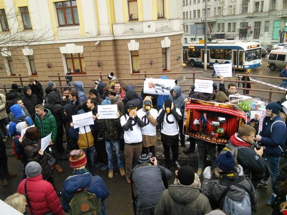 Митинг против Николая Толстых