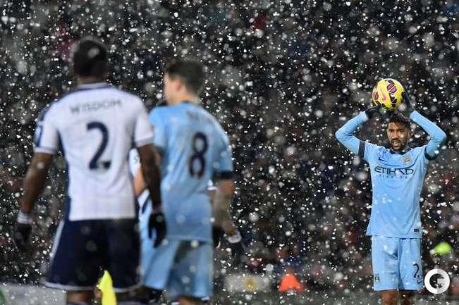 """Снегопад не помешал """"Манчестер Сити"""" победить """"Вест Бромвич"""""""