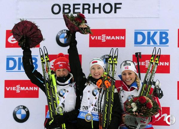 Домрачева - победительница масс-старта в Оберхофе