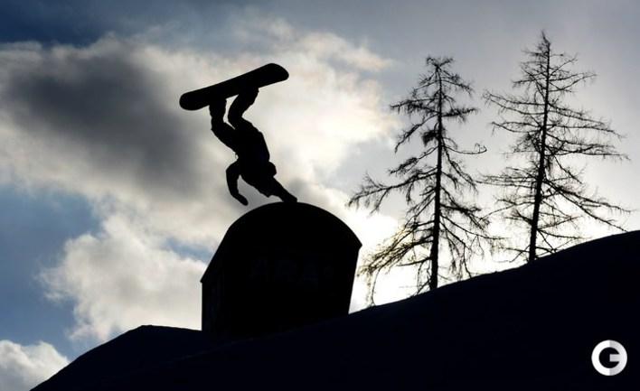 Кингсбери стал чемпионом мира в парном могуле, Смышляев - восьмой