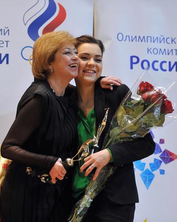 Елена Буянова-Водорезова и Аделина Сотникова.