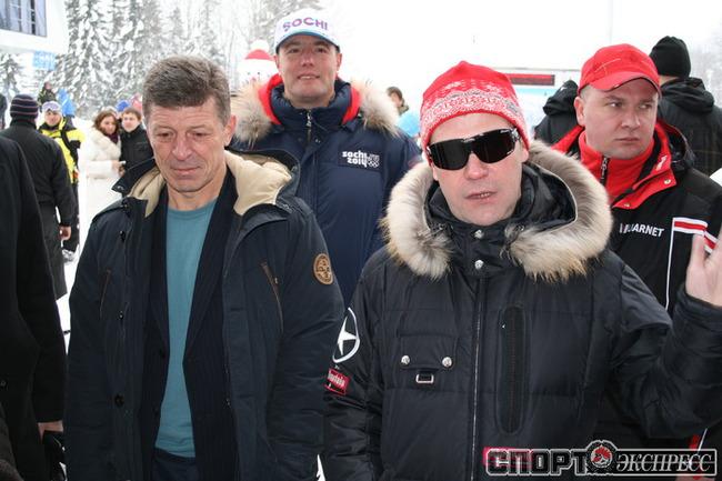 Президент РФ Дмитрий Медведев, Дмитрий Козак (слева), Дмитрий Чернышенко.