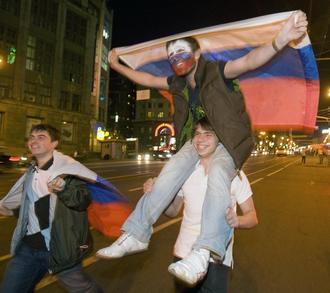 В Москве на улицы ночью вышло 700 тысяч человек Фото «СЭ»