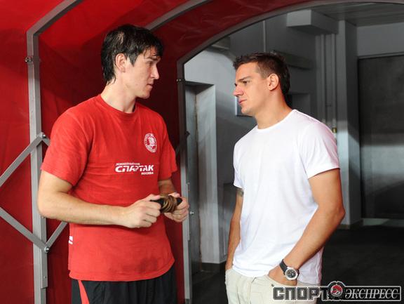 Бранко Радивоевич (справа).