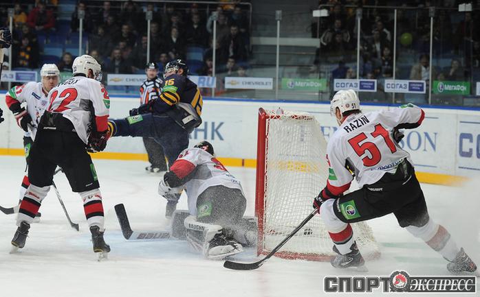 Победный гол Игоря Мусатова.