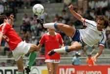 9 июня 1986 года. Леон. Венгрия - Франция - 0:3. Прощальный для капитана французов Мишеля ПЛАТИНИ чемпионат мира в Мексике-1986.