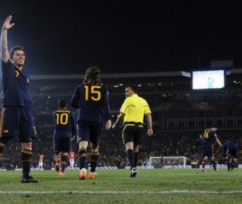 Суббота. Йоханнесбург. Парагвай - Испания - 0:1. Радость Давида ВИЛЬИ. Фото AFP