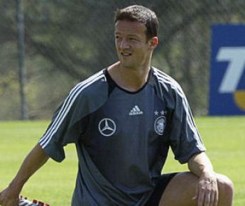 2004 год. Игрок сборной Германии Фреди БОБИЧ. Фото AFP
