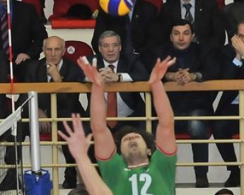 Бутько показал Алекно,  кто должен пасовать в сборной