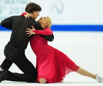Вчера. Берн. Екатерина БОБРОВА и Дмитрий СОЛОВЬЕВ. Фото AFP