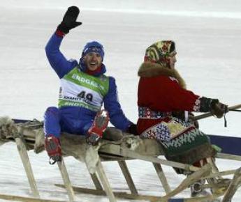 Сегодня. Ханты-Мансийск. Максим МАКСИМОВ приезжает на церемонию награждения. Фото REUTERS