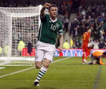 Суббота. Дублин. Ирландия - Македония - 2:1. Робби КИН празднует второй гол в ворота гостей. Фото AFP