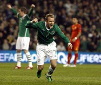 Суббота. Дублин. Ирландия - Македония - 2:1. 2-я минута. Эйден МАКГИДИ празднует гол. Фото REUTERS