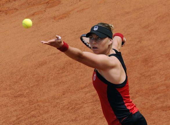 По окончании Открытого чемпионата Франции 3-я ракетка мира Вера ЗВОНАРЕВА по очкам, набранным в сезоне-2011, занимает 6-е место в WTA Tour. Фото AFP