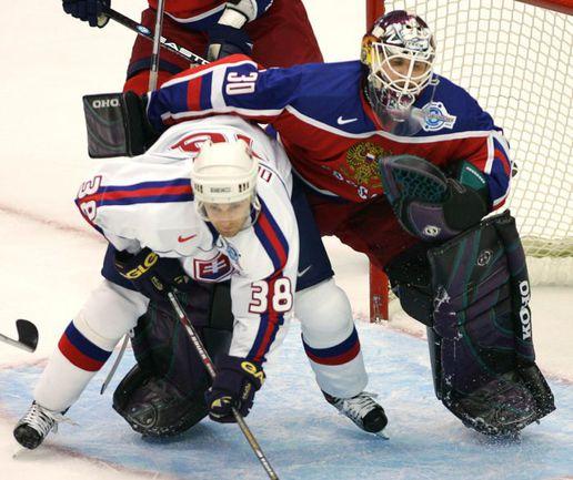 Последний раз Илья БРЫЗГАЛОВ играл в сборной России под руководством Зинэтулы Билялетдинова на Кубке мира-2004. Фото REUTERS