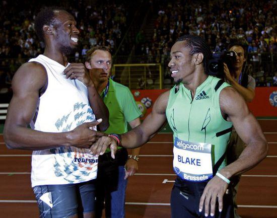 Пятница. Брюссель. Усэйн БОЛТ (слева) поражен результату, который показал Йохан БЛЭЙК на дистанции 200 м. Фото REUTERS